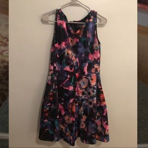 Just Taylor Sleeveless Abstract Floral Dress